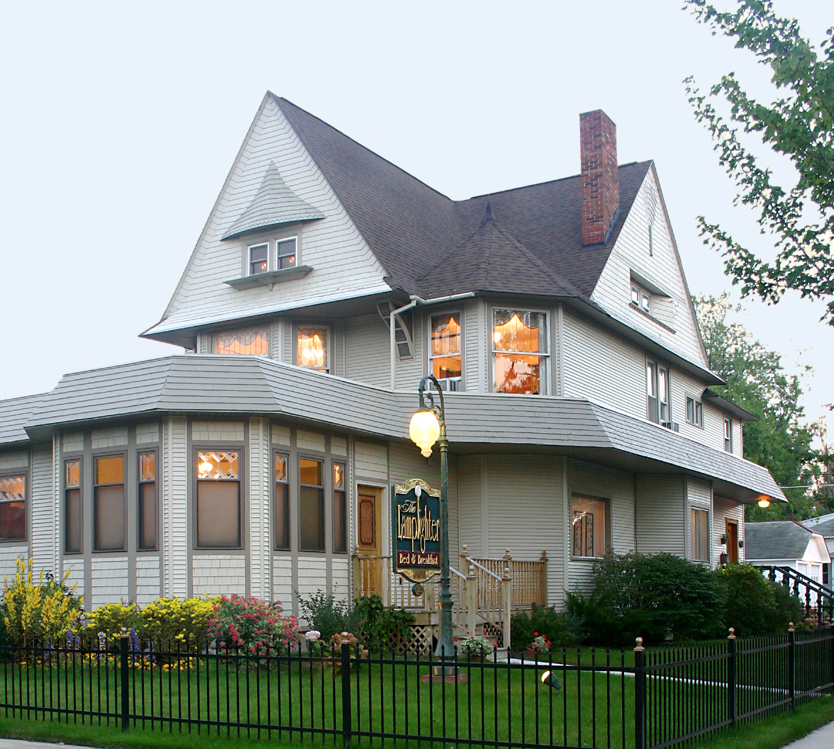 Lamplighter Bed & Breakfast, The
